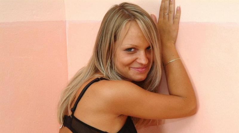blond 135
