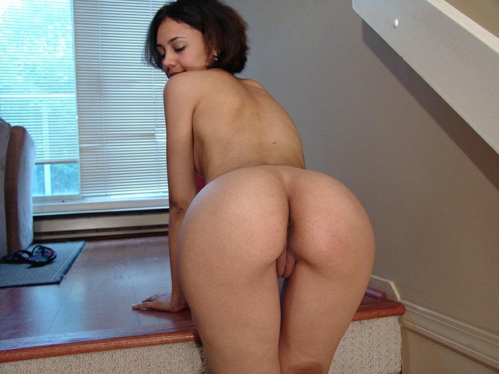 Frauen Nackt Zuhause