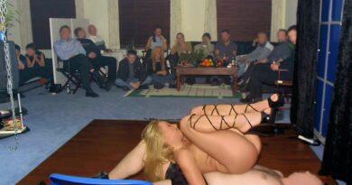 sex show 52