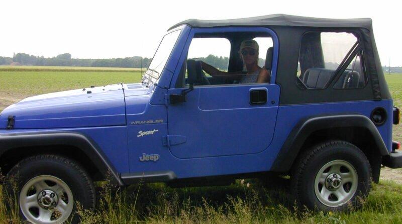 outdoor im jeep voyeur 01