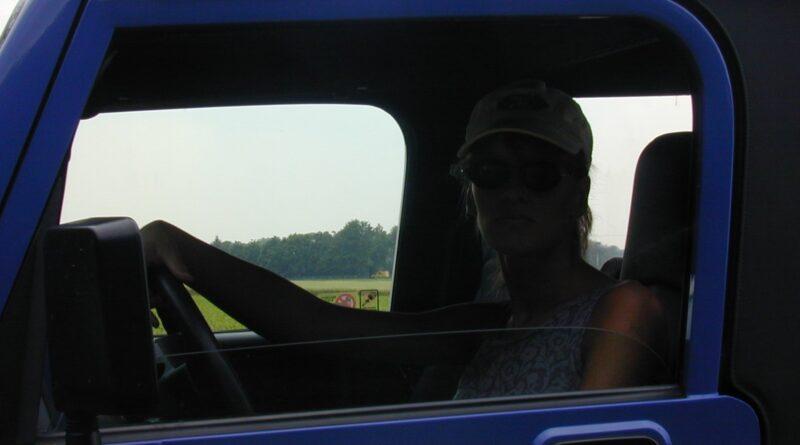 outdoor im jeep voyeur 03