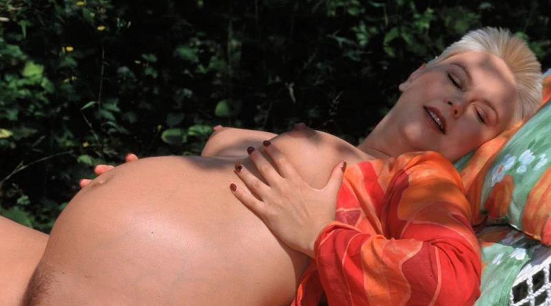 schwanger privat nackt 30