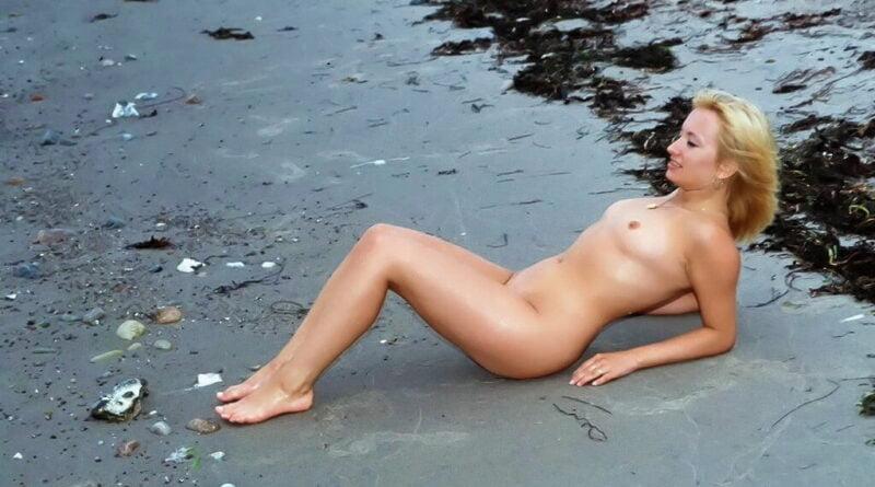 am strand nackt 12