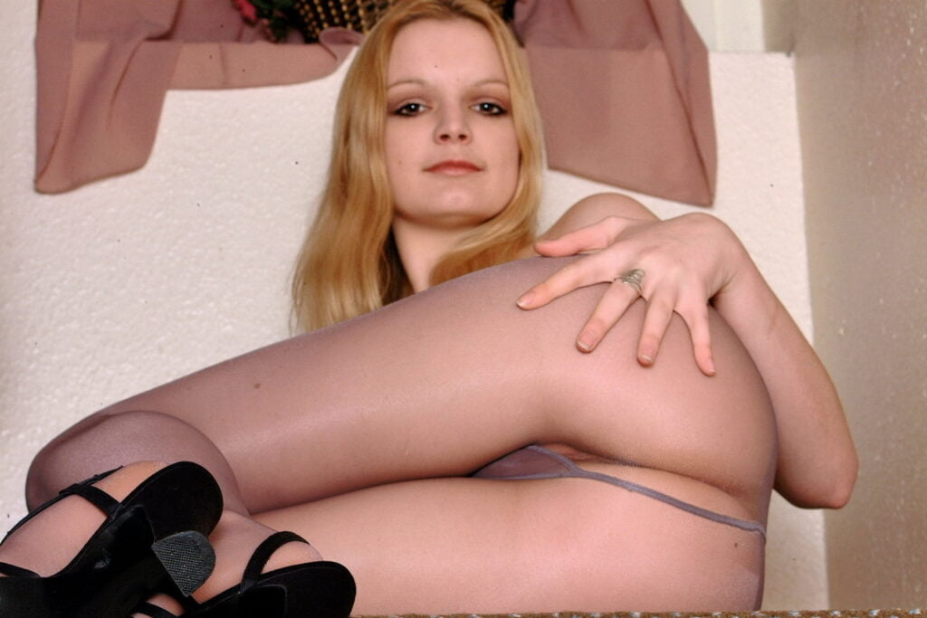 geile schlampe nylons 26