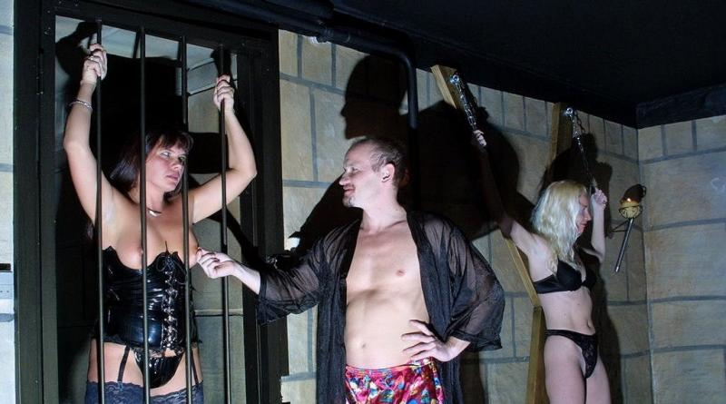 swingerclub party tag 11